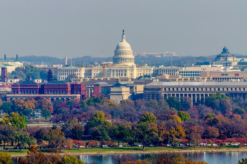 United-States-Capitol-in-Autumn-cm