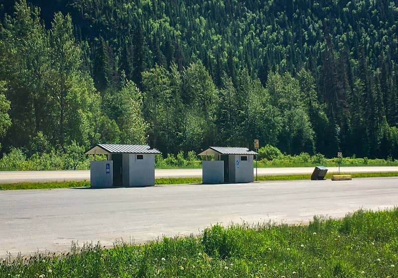 Public Restroom Buildings Rest Area Along Highway-cm
